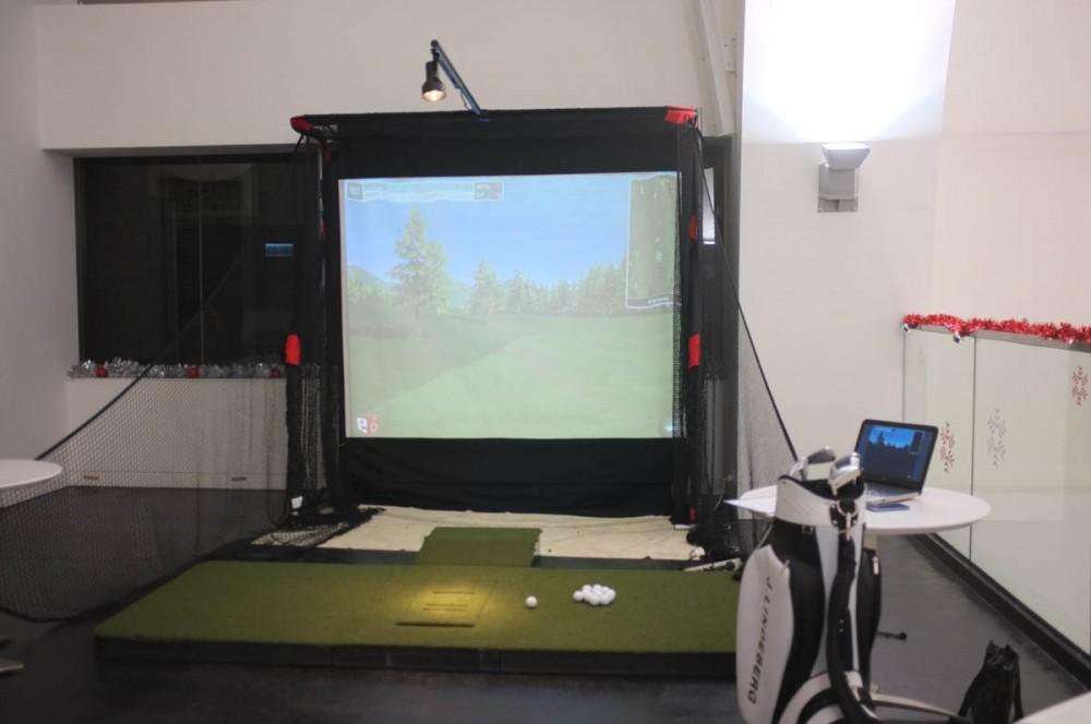 Golf Simulator Hong Kong